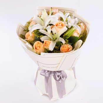 纯纯的爱-11朵香槟玫瑰多头百合混搭花束