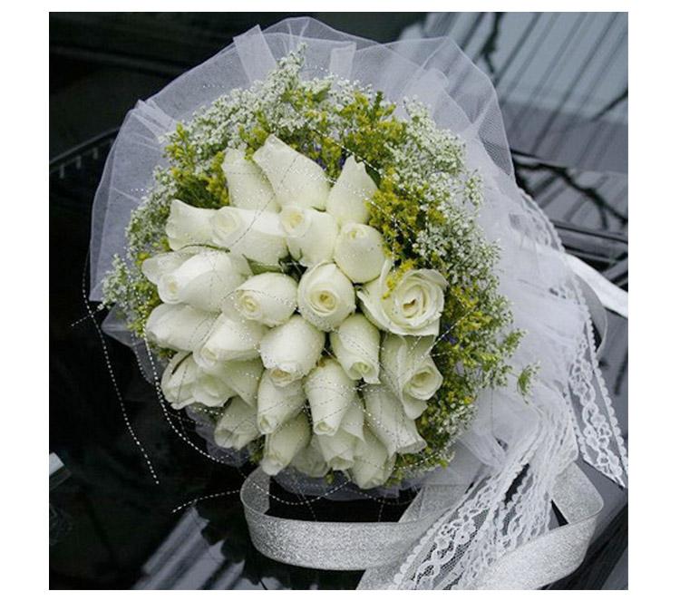 新娘手捧花-33朵白玫瑰