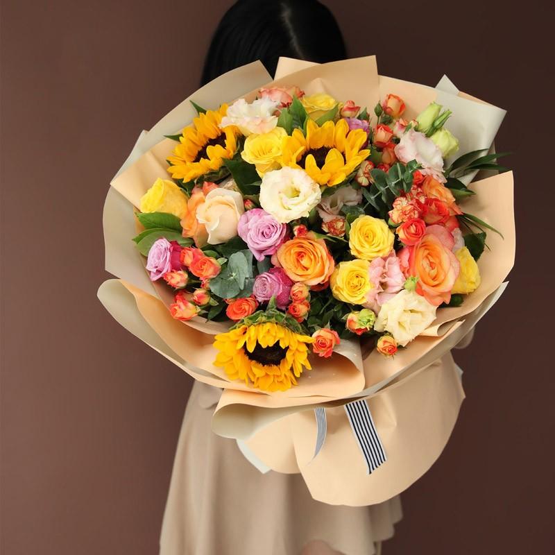 手心里的太阳-向日葵金辉韩式花束