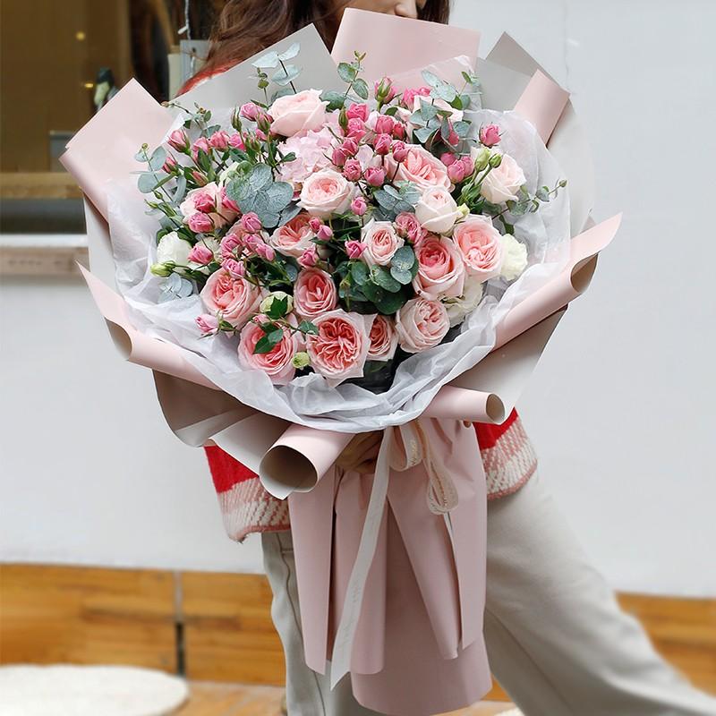 粉红女郎-粉玫瑰韩式花束